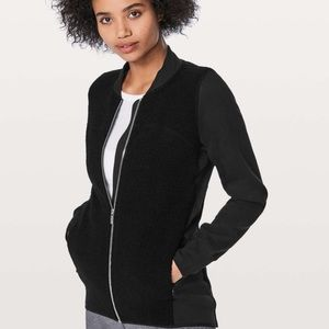 Lululemon Stand Out Sherpa full zip jacket black 6